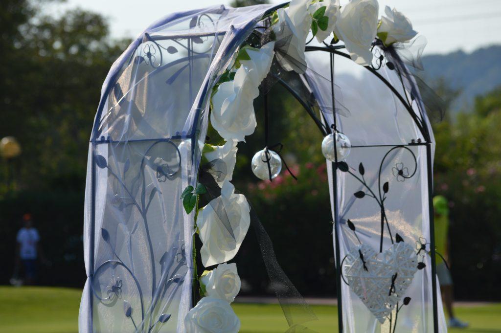 decoration-d-arche-ceremonie-laique-wedding-planner-mariage-var